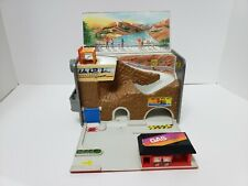 Micro machines 1989 Gasoline Can playset working