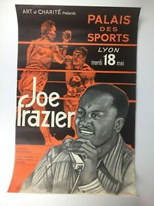 """Vintage 1971 Joe Frazier Boxing Poster in French Language 15 1/4"""" x 23 1/2"""""""