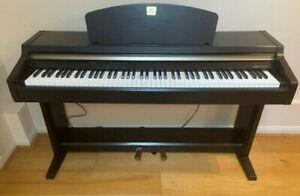Yamaha Clavinova Digital Piano CLP-920