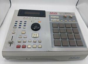 Akai MPC2000XL Midi Production Center