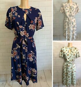 Beautiful Floral Fit and Flare Keyhole Tea Dress Size 8 - 20 (3 Colours)
