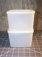 Vintage Tupperware Lot of 2, 312 Square Round Storage Containers