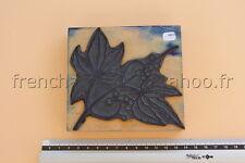 N074 Ancien tampon scolaire bois plastique KHYP  vigne vierge fruit 11*11,5 cm