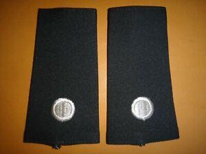 Paire De États-Unis Armée Junior Rotc 2nd Lieutenant Rang Slip-On Épaulettes (