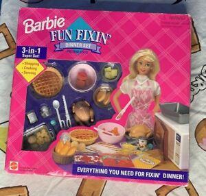 NIB 1995 Mattel Barbie Fun Fixin' Dinner Set Pretend Food 67431 SEALED