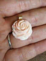 Vtg Natural angelskin carved coral rose solid 9ct gold necklace pendant only