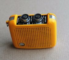 Vintage mini radio jaune 70 Yellow  pocket Emperor General electric Precor ?