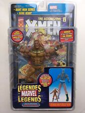 BOXED MARVEL TOY BIZ LEGENDS COMICS GIANT MAN SERIES SABRETOOTH ACTION FIGURE