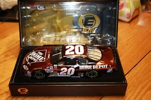2004 Tony Stewart #20 Home Depot Elite Color Chrome 1 of 600
