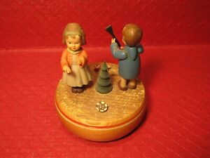 ADORABLE MUSIC BOX ANRI ITALY REUGE SWISS MOVEMENT TURNS & PLAYS DOCTOR ZHIVAGO