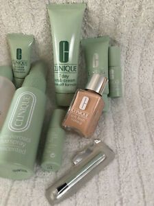 Clinique Travel Size Makeup Deluxe Sample Gift Set Cosmetic Bag New.