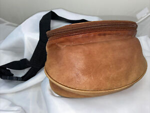 Vintage MUNDI Brown Leather Fanny Pack Belt Bag Waist Pouch Distressed