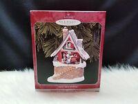 1998 Hallmark Keepsake Ornament Santa's Merry Workshop (NIB)