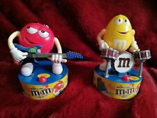 More details for m & m musical figures working 2013 guitar & drummer unbox battery sound & moves