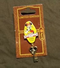 Disney's Beach Club Resort Room 1990 Minnie Mouse Dangling Key Pin on Card