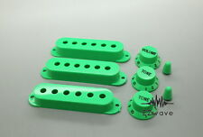 Green Single Coil Pickup Cover Control Knob Switch Tip Set for Strat Guitar