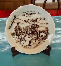 Ancienne Miniature porcelaine de France Cauterets les Pyrénées Berger Chien
