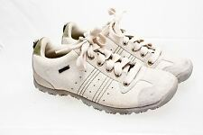 Skechers Lace Up White Crackle  Leather Fabric Size 7.5 US 37.5 EU 46047