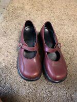Dansko maroon Leather Mary Jane A05 Clogs Size 37 EU (7-7.5 US)