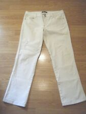 WHITE HOUSE BLACK MARKET BLANC WHITE DISTRESSED STRETCH JEAN CAPRIS SIZE 8
