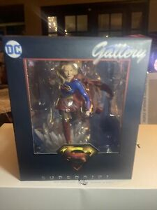 DC Gallery Supergirl Diamond Select Statue Show NEW Sealed Harley Quinn Superman