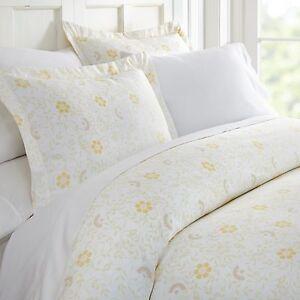 Hotel Collection Premium 3 Piece Spring Vines Print Duvet Cover Set by iEnjoy