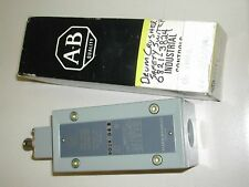 ALLEN BRADLEY 802X-D4 SER.B LIMIT SWITCH NEW IN BOX O7