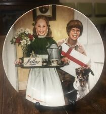 Mother's Day Decorative Plate* Don Spaulding * The Americana Holidays Collection