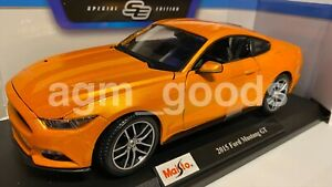 Maisto 1:18 Scale - 2015 Ford Mustang - Orange - Diecast Model Car