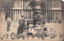 B5510 Venezia Piazza S Marco i Piccioni