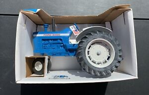 Ford 8000 Tractor Narrow Front Mills Fleet Farm 50th edition Autographed 1:16