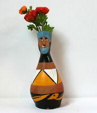 Vase ethnique terre cuite peinte homme barbu