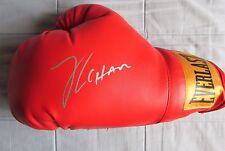 JULIO CESAR CHAVEZ SIGNED EVERLAST BOXING GLOVE DC/COA