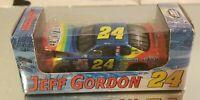 Action Jeff Gordon 2000 Monte Carlo #24 Dupont 1:64 Diecast