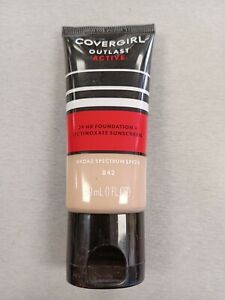 Covergirl Outlast Active 24 Hr Foundation SPF 20 No 842 Medium Beige