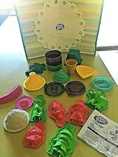 Lot of Moon Sand Molds Toys Children's Kid's Crafts Mold and Play Sand Art