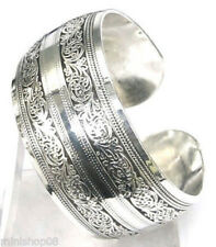Schickes Armband Armreifen Armspange Tibet Silber mit Muster