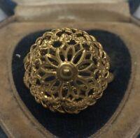 Vintage Fashion Ring Size 8 Gold Tone
