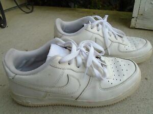 """Grade School Youth Size 7 Y Nike Air Force 1 Low """"Triple White"""" 314192 117"""