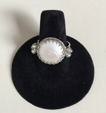 Vintage mother of pearl, shell ring, silver, cocktail ring size 8