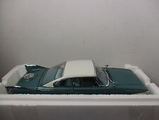 1/18 SCALE SUNSTAR PLATINUM COLLECTION TEAL 1960 PLYMOUTH FURY HARDTOP