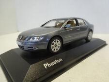 Minichamps: VW Phaeton 2007 Facelift Coucougrey Metallic 3D0099300GPR7Q