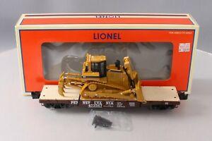 Lionel 6-27515 O Gauge PRR 40 inch Flatcar w/ Caterpillar Bulldozer EX/Box
