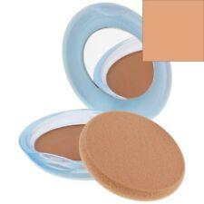 Productos de maquillaje beige Shiseido polvos compactos para el rostro