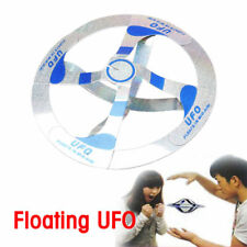 Fliegende Scheibe Klassische Magic Tricks Flying Disk Floating UFO Spielzeug