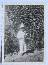 06C54 ANCIENNE PHOTOGRAPHIE PHOTO SNAPSHOT ENFANT DÉGUISÉ AVEC VIOLON 1938