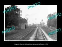 OLD LARGE HISTORIC PHOTO OF FERGUSON JUNCTION MISSOURI, THE RAILROAD DEPOT c1940