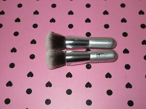 2 of IT Cosmetics Ulta Airbrush Blurring Foundation Brush #101 To Go size
