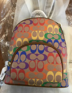 ❤️ Coach Carrie Backpack 23 In Rainbow Signature Canvas B4/Tan Penny