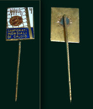 SOCCER WORLD CUP ITALY 1934 - Original Football Pin -  Made in 1960´s